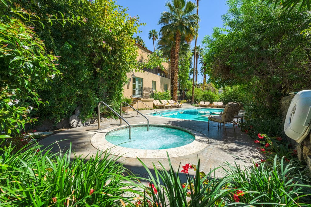 A relaxing weekend in Palm Springs at our Palm Springs Boutique Hotel